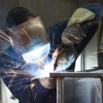 Produktionshelfer im Metall- und Maschinenbau